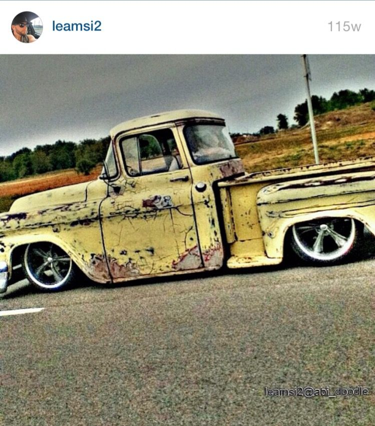 edit car truck old vintage - Image by leamsi2
